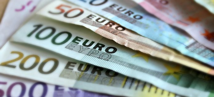 Noticias inmobiliarias. Descenso deuda privada España